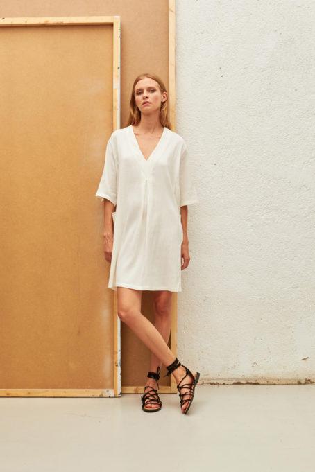 Robe courte Aura de la marque AMS Pure