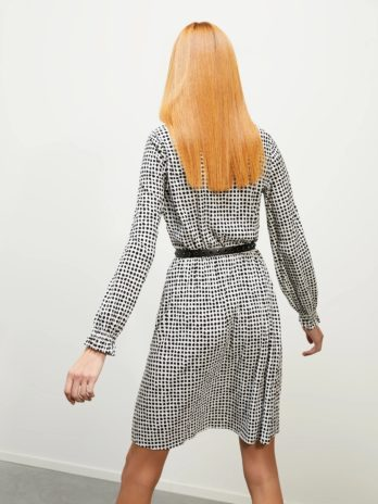 Robe Depone – Penny Black